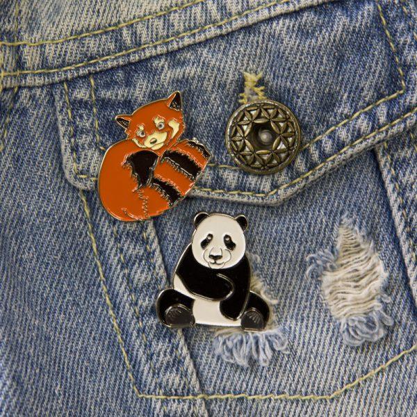 Przypinka czerwona panda