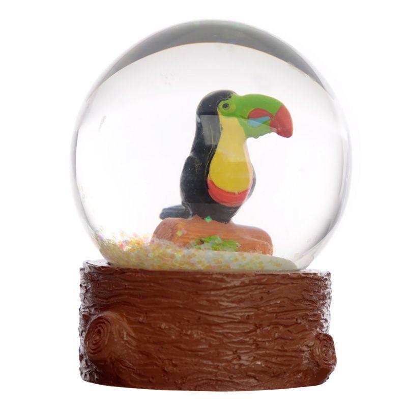 Kula śnieżna tukan